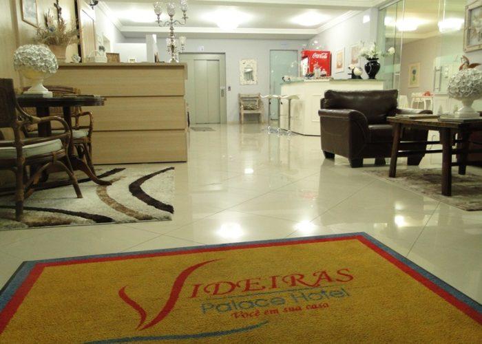 lobby do videiras palace hotel na canção nova em cachoeira paulista