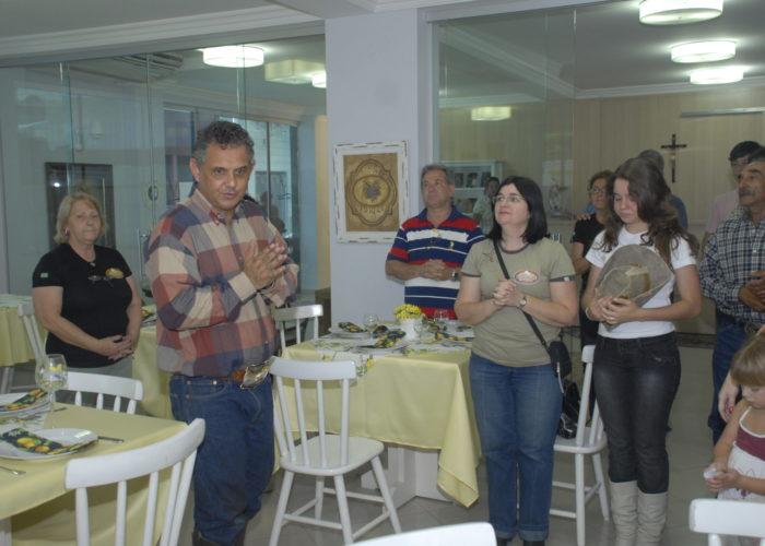 Confraternização dos apresentadores  e equipe.