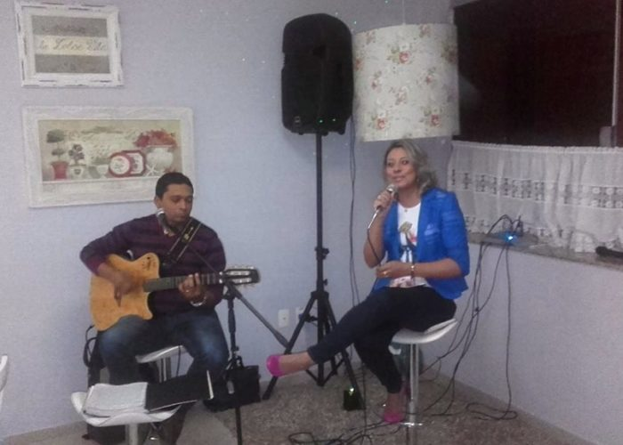 Jantar Acústico com Juliana De Paula Da Canção Nova no videiras palace hotel