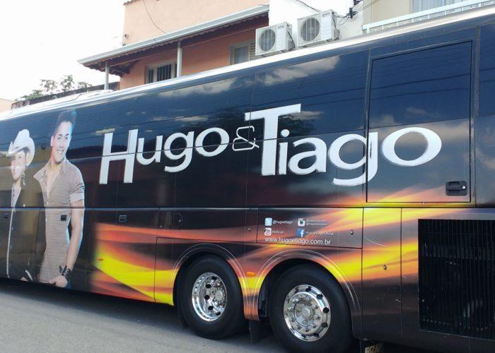 Onibus  da Dupla Hugo e Tiago no videiras palace hotel .