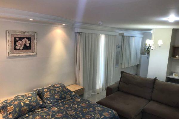 suíte presidencial no videiras palace hotel na cancão nova em cachoeira paulista .